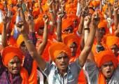 Turuncu iktidardaki BJP partisinin seçtiği renktir. Bu renk Hindutva ideolojisinin (Hindu Faşizminin) de simgesidir.