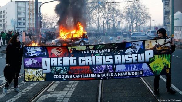 #Blockupy Hareketi Nedir ve Kimlerden Oluşuyor?