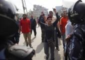 Nepal, başkent Katmandu'da grevde ki bir Nepal göstericisi   Nisan 2015, Salı - Niranjan Shrestha - AP Foto