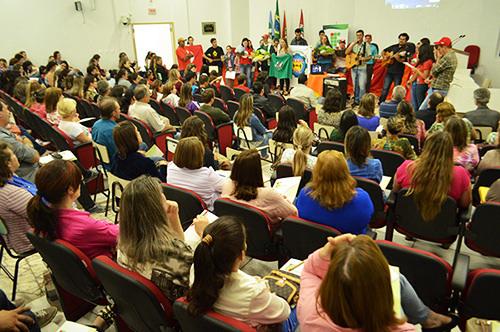 Eğitim-öğretim üzerine bir seminer - Abelardo Luz, Santa Catarina.