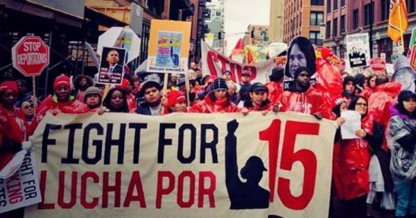 Dünya genelinde düşük ücretli çalışan işçilerin çağrısıyla, yaşanabilir ücret ve sendikalaşma hakkı için bir günlük eylem yapıldı  (Fotoğraf: Fightfor 15.org)