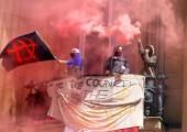 Liverpool:  Eski İngiltere Merkez Bankası Binası İşgal Edildi