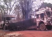Hindistan: Jharkhand'da Maoistler 30 Aracı Ateşe Verdi