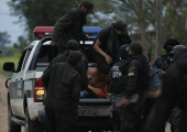 Bolivya: Madenlere Karşı Çıkan Yerli Halk Polisle Çatıştı