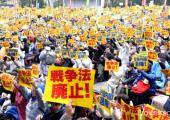 Japonya: Binlerce Kişi Güvenlik Yasalarını Protesto Etti