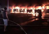 Suudi Arabistan: İşçiler Binladin Şirketine Ait 7 Aracı Ateşe Verdiler
