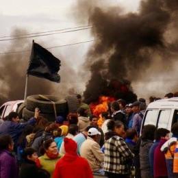 Şili: Çevre Felaketine Karşı Halk Yol Kesti