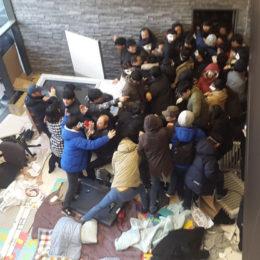Güney Kore: Öğrencilerin Kar Amaçlı Kampüse Karşı 150 Günlük Protestosu Sonlandı
