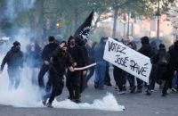 Fransa: Seçimlere Karşı Barikatların Gecesi