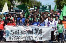 Arjantin: İşçiler Polis Şiddetini Protesto Etti