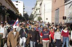 Paraguay: Topraksız Kır İşçilerinin Süresiz Grevi Devam Ediyor