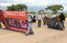 Meksika: EPR Tutsakları ile Dayanışma Yürüyüşü