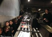 Fransa: Hayvan Hakları Savunucuları Fleury-les-Aubrais Mezbahasını İşgal Etti