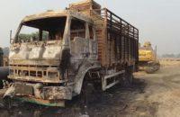 Hindistan: Maoistler Gaz Boru Hattı Projesine Saldırıp Dört Aracı Ateşe Verdi