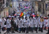 Bolivya: Tıpçı İsyanı, Hekimler Bir Aydır Grevde