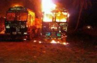 Hindistan: Maoistler Kum Mafyası'nın Araçlarını Yaktı