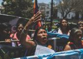 Ekvador: Yerli Kadınlar Başkanlık Sarayı Önünde Kamp Kurdu
