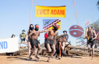 """Avustralya: Yerliler """"Biz Savaşçıyız, Topraklarımızı Koruyoruz"""""""
