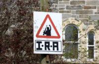 """Kuzey İrlanda: Saoradh Yeni IRA Operasyonuna """"Buradayız ve Biryere Gitmiyoruz"""" Diye Cevap Verdi"""