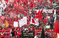 Endonezya: İşçiler Hakları İçin Direniyor