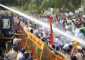 Hindistan: Genel Greve 250 Milyon İşçi ve Çiftçi Katıldı, Polis Çiftçilere Saldırdı